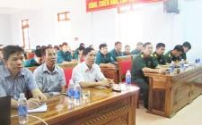 Huấn luyện dân quân tự vệ khối cơ quan hành chính