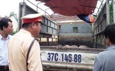 Thu giữ  700 kg thịt lợn không rõ nguồn gốc