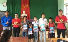 Đoàn phường Quang Tiến ( Thị xã Thái Hòa ) tổ chức chương trình tình nguyện tại xã Nghĩa Lợi