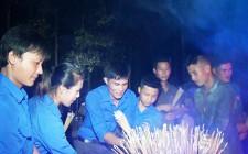 Nghĩa Trung tổ chức thắp nến tri ân
