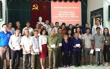 Sở văn hóa và Thể thao tỉnh Nghệ An tặng quà các gia đình chính sách tại Nghĩa Đàn