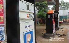 Lộ diện 12 cửa hàng kinh doanh xăng dầu 'bẩn' trên Quốc lộ 48