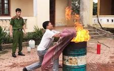 Tuyên truyền kỹ năng phòng chống cháy nổ cho giáo viên