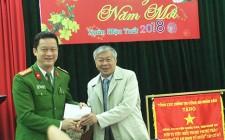 Lãnh đạo huyện Nghĩa Đàn chúc tết Công an huyện và Ban Chỉ huy quân sự huyện