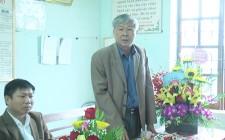 Đồng chí Vi Văn Định chúc mừng ngày 27/2