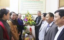 Lãnh đạo huyện Nghĩa Đàn chúc mừng hội Liên hiệp Phụ nữ huyện