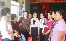 Phó Chủ tịch HĐND tỉnh Cao Thị Hiền dự sinh hoạt chi bộ tại Thị trấn Nghĩa Đàn