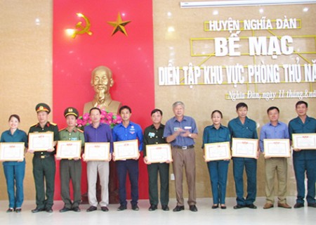Bế mạc diễn tập tác chiến khu vực phòng thủ huyện Nghĩa Đàn năm 2018