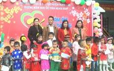Các hoạt động tặng quà trẻ em khó khăn, gia đình chính sách trên địa bàn