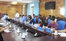 UBND huyện Nghĩa Đàn làm việc với trung tâm Y tế huyện