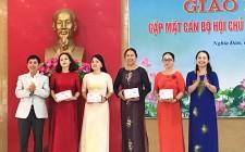 Tổ chức giao lưu gặp mặt cán bộ hội phụ nữ chủ chốt sau chia tách