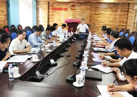 Thống nhất và cho ý kiến kết quả thẩm tra các báo cáo, tờ trình và dự thảo Nghị quyết trình kỳ họp thứ 9, HĐND huyện khóa XIX