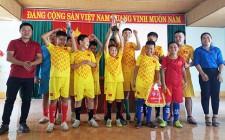 Bế mạc giải bóng đá thiếu niên nhi đồng xã Nghĩa Liên