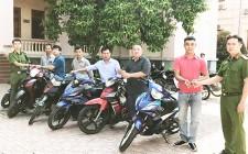 Nghĩa Đàn trao trả 22 chiếc xe máy cho người bị mất