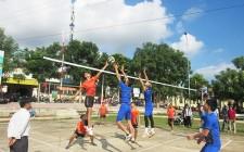 Thị trấn Nghĩa Đàn khai mạc giải bóng chuyền công – nông – binh nam nữ