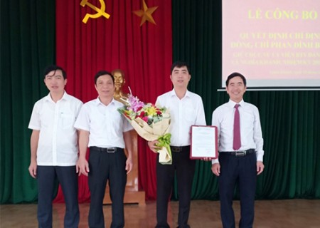Công bố Quyết định chỉ định Ủy viên BTV Đảng ủy xã Nghĩa Khánh, nhiệm kỳ 2015-2020
