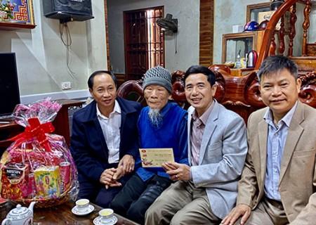 Phó bí thư Thường trực Huyện ủy chúc Tết nhân dịp Tết Nguyên đán Canh Tý 2020