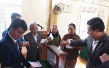 Đồng chí Trưởng Ban Tuyên giáo Huyện ủy dự Đại hội chi bộ tại xã Nghĩa Hiếu