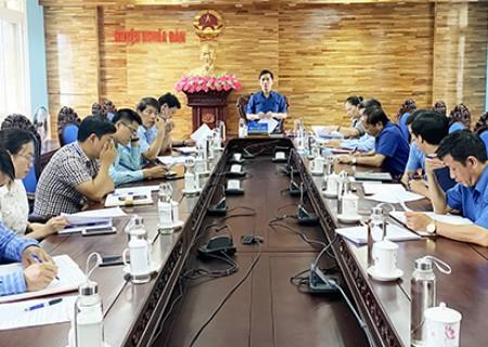 HĐND huyện họp chuẩn bị nội dung cho kỳ họp HĐND 6 tháng đầu năm 2020