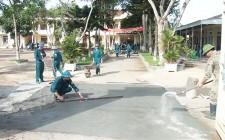 Dân quân cụm số 5 thực hiện công tác dân vận
