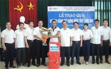 Công ty Điện lực Nghệ An trao quà cho khách hàng sử dụng điện thứ 1 triệu