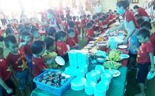 Trẻ mầm non Nghĩa Mai thích thú với trải nghiệm ăn tiệc buffet