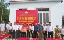 Nghĩa Lợi bàn giao nhà Đại đoàn kết cho hộ nghèo người dân tộc Thổ
