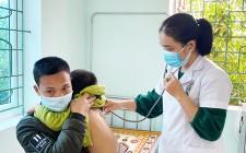 Nữ bác sỹ gần dân