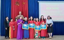Hội LHPN xã Nghĩa Thành trao giải cuộc thi áo dài online