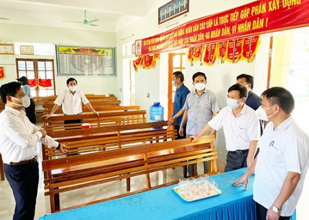 Thẩm định công nhận xã đạt chuẩn NTM ở Nghĩa Thịnh