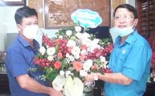 LĐLĐ huyện Nghĩa Đàn chúc mừng các doanh nghiệp trên địa bàn