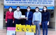 Quỹ Bảo trợ trẻ em Nghệ An tặng quà tại huyện Nghĩa Đàn
