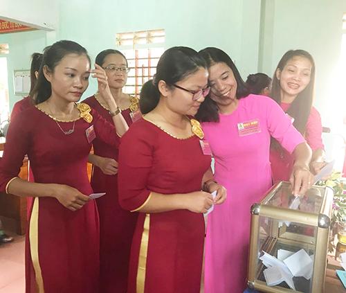 Công Đoàn trường THCS Nghĩa Khánh đại hội điểm